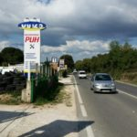 Gumicentar PUH - cesta znak